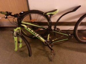 En af de stjålne cykler - klik på Billeder og se resten.
