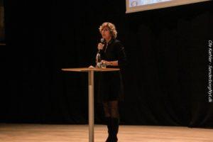 Connie Hedegaard opfordrer til, at alle tager klimaudfordringerne alvorlig.