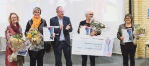 Erik Lorenzen sammen med de fire glade prisvindere.