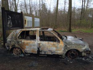 Den brændte bil. Foto: Marius Vestergaard