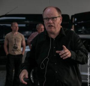 """Svend Erik Schmidt talte til de forskellige """"motorveje"""" aftenen igennem - så alle blev."""