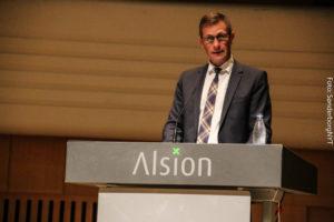 Uddannelse varer hele livet, siger Peter Jørgensen.