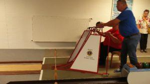 Kørestolsbrugere kan have gavn af en rampe. <div class=