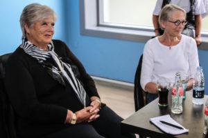 Lise og Ruth Malle kom for at hente penge til Sønderborg Kvinde- og Krisecenter.