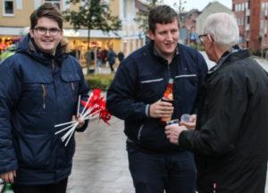 Karsten Wohlgemuth og Jesper Smaling tog hul på valgkampen mandag eftermiddag.